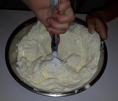 Конфеты из детской смеси Малютка и мороженого